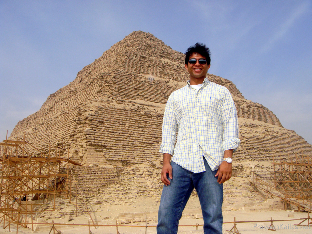 Praveen Kailas in front of Step Pyramid
