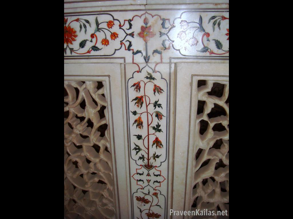 Praveen Kailas Taj Mahal Floral Detail